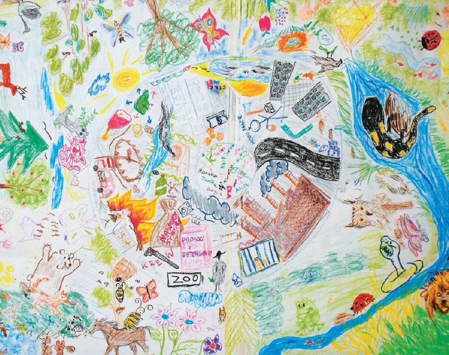 rysunki dzieci na ścianie